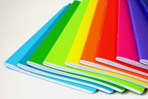 Rainbow notebooks: https://pixabay.com/de/notebooks-farbe-farbige-regenbogen-991859/